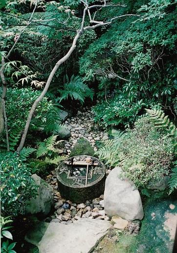 2015-3-27足るを知る竜安寺蹲写真