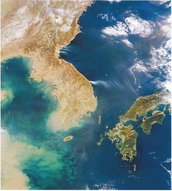 2015-6-18日本韓国中国の衛星写真縮小版