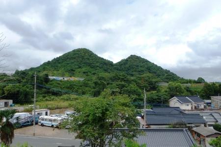 九州01 福岡県 ボタ山