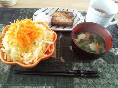 6日朝食 (400x300)
