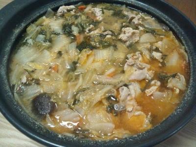 豚キムチ鍋 (400x300)