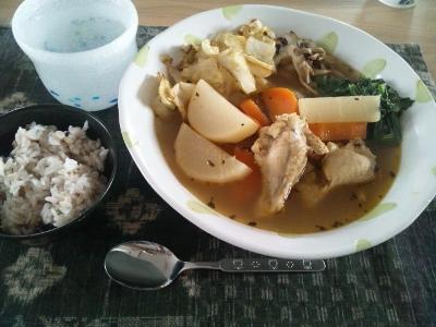 15年4月11日朝食 スープカレー (400x300)