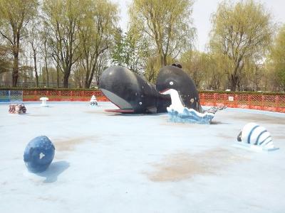 クジラプール (400x300)