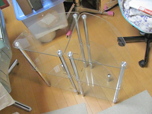 ガラス製サイドテーブル