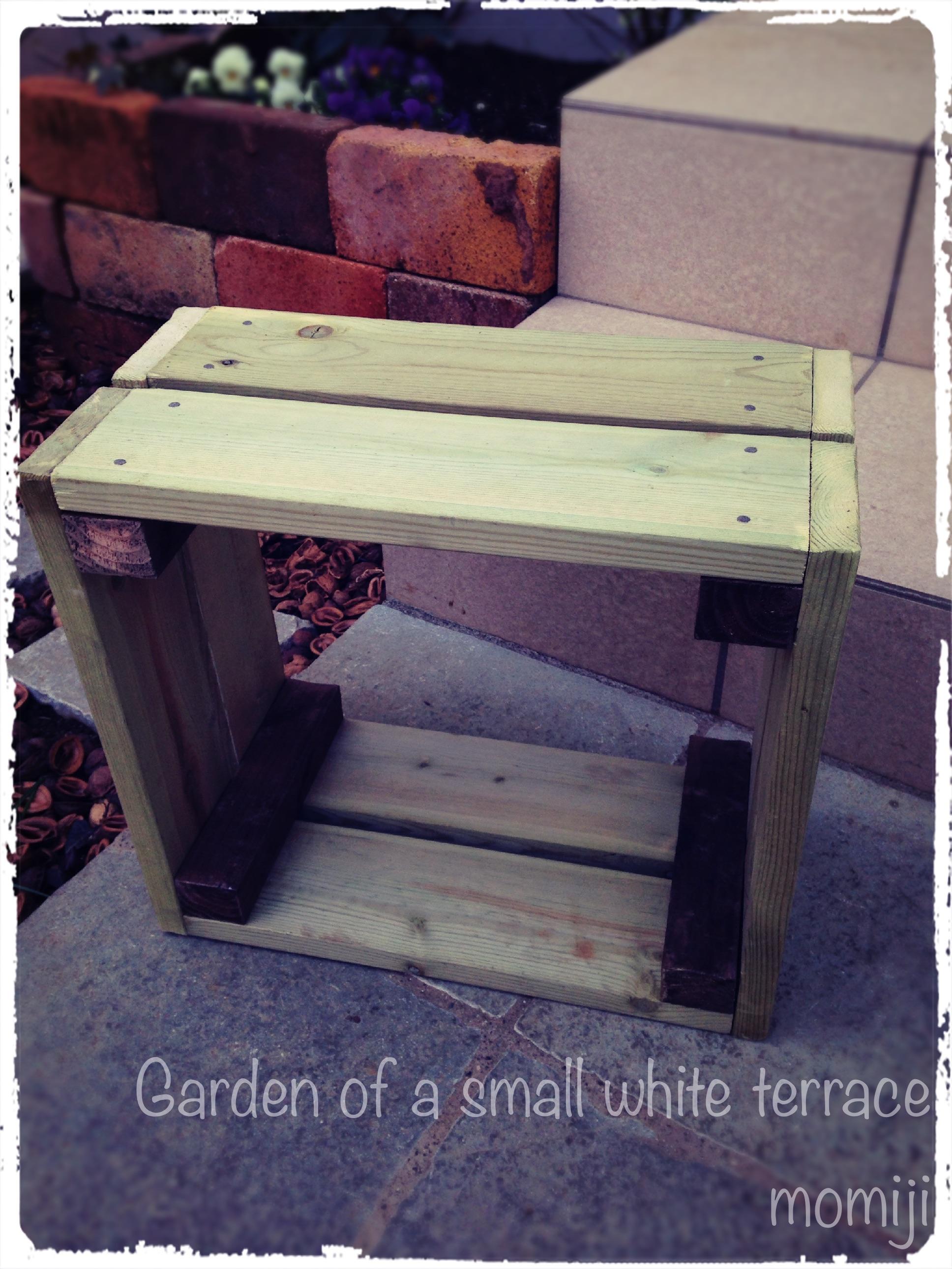 DIYの木箱でディスプレーコーナー