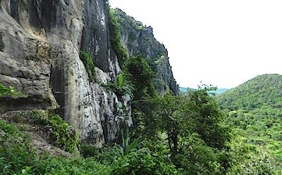チャオラン洞窟