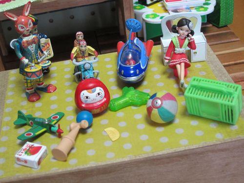 omoide_toys_f.jpg
