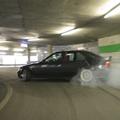 駐車場 スピード違反