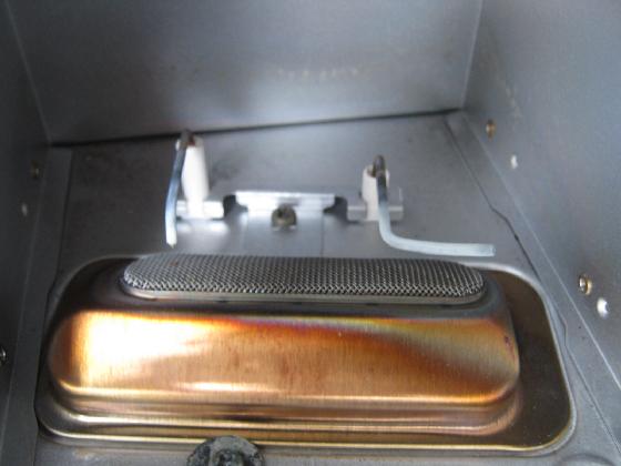 ダイニチファンヒーターの修理(ニードルのカーボン固着)治療1
