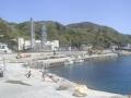 神津島の東電の発電所前に停泊