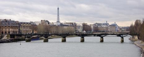 Paris_Pont_des_Arts.jpg
