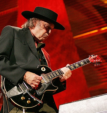 Neil+Young++in+black.jpg