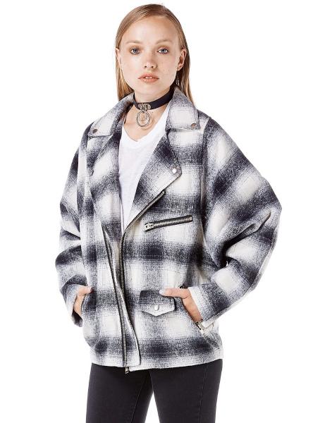 unif_boyfriend_jacket_black_white_plaid_1.jpg