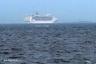 東京湾を行くCOSTA VICTORIA11