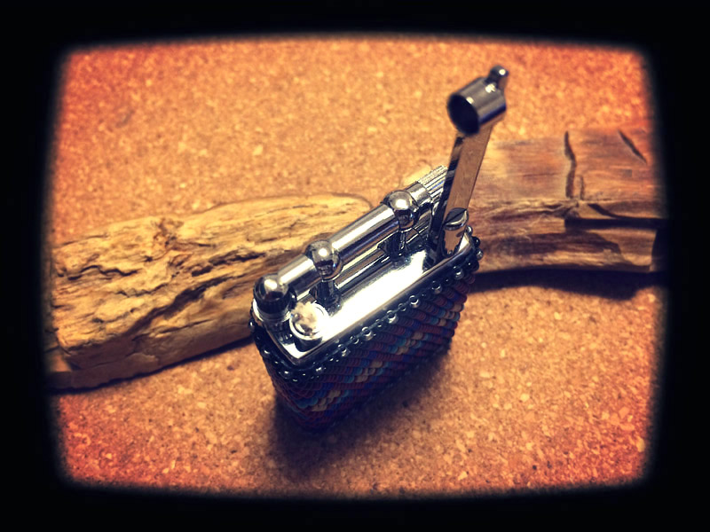 Beaded Oil Lighter 02