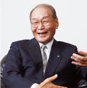 総合メディカル取締役相談役 小山田 浩定 氏