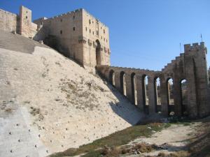 Aleppo_citadel001_convert_20150221235239.jpg