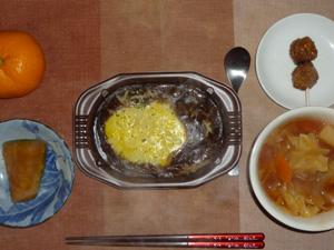 オムハヤシ,具だくさんトマトスープ,つくね,カボチャの煮物,みかん