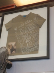 Tシャツ s