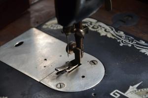 ミシン 洋裁 縫製