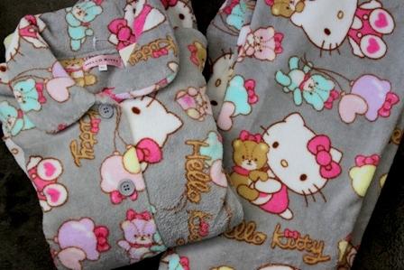 キティちゃん パジャマ