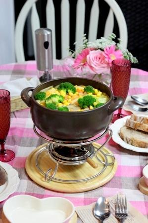 パン鍋フォンデュ トマトソース (5)
