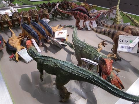 恐竜のミニチュア
