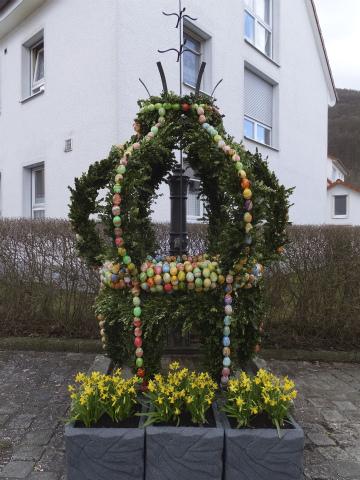 復活祭の噴水3