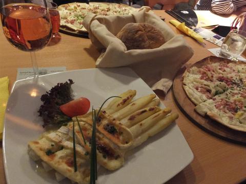 2015アスパラ食堂2