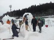 20150208雪像づくり風景 (1)