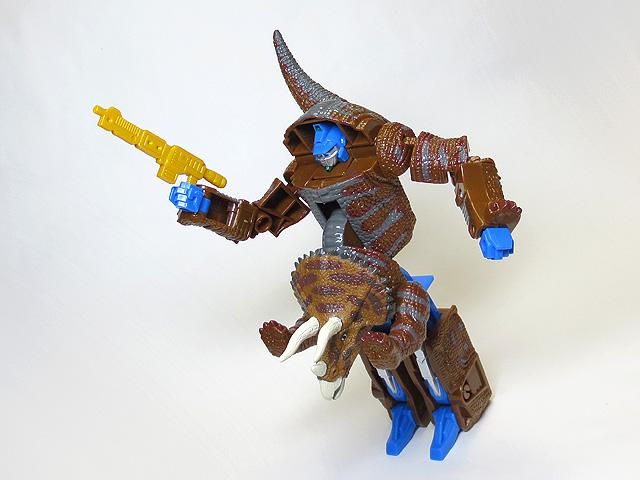 DINOSAUR_AGE_Triceratops_41.jpg