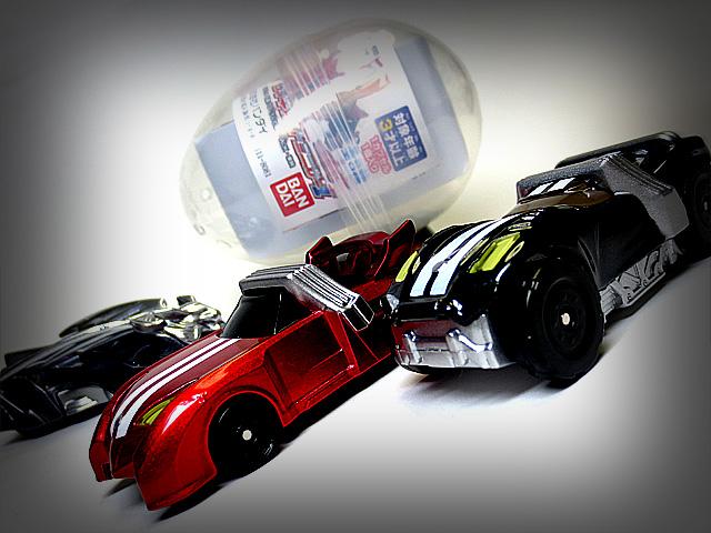 KAMEN_RIDER_DRIVE_die_casting_minicar_01.jpg