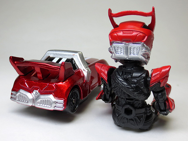 KAMEN_RIDER_DRIVE_die_casting_minicar_15.jpg