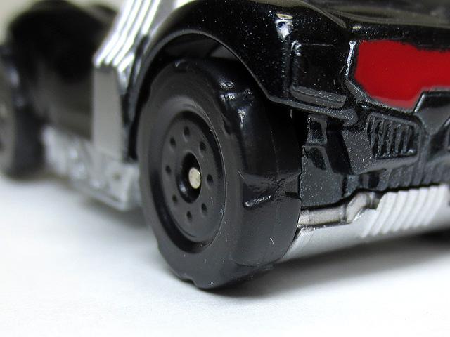 KAMEN_RIDER_DRIVE_die_casting_minicar_21.jpg