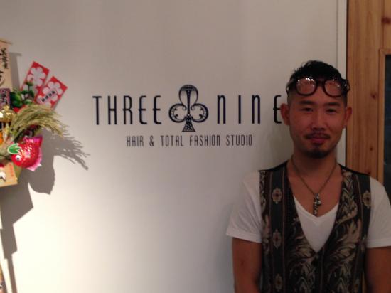 横浜のTHREE NINE 西山さんの美容院