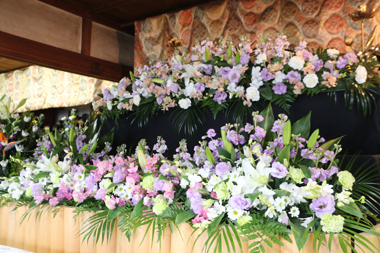 閑通寺の花祭壇2