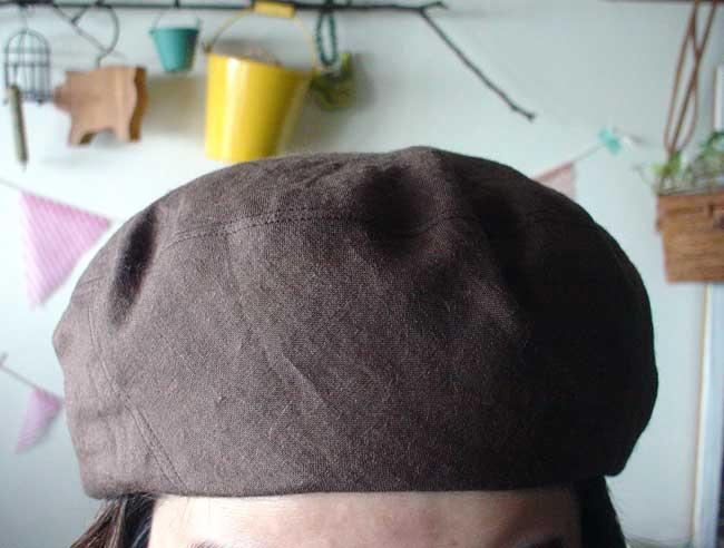 リネンのベレー帽