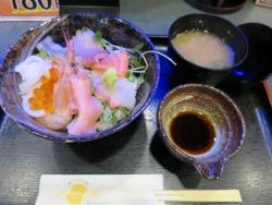 海鮮丼 安い! 梅田 おすすめ
