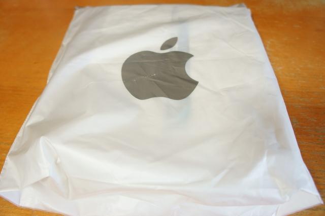 apple_ipad2_unbox_02.jpg