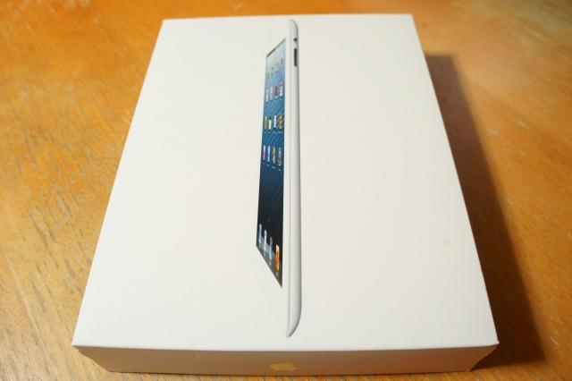 apple_ipad4th_unbox_01.jpg