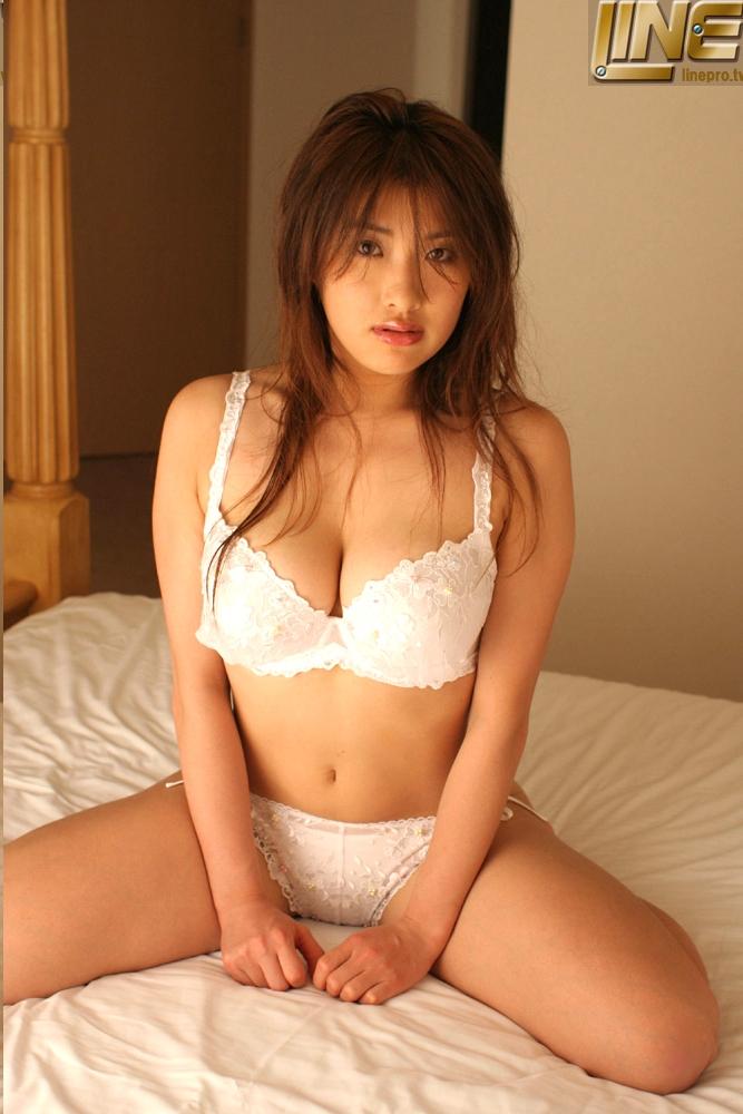 岡田ひかり027