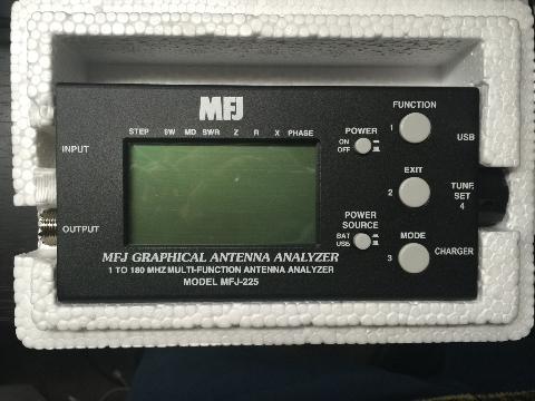 MFJ-225