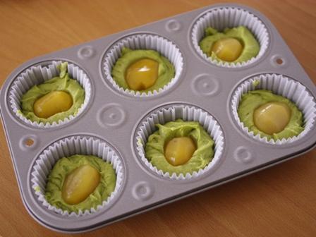 栗の甘露煮まるごと簡単はちみつカップケーキ抹茶とあずき03