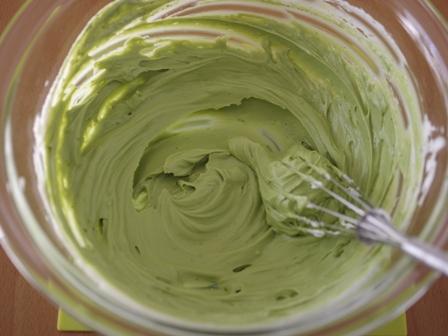 抹茶のチーズクリームはちみつイチゴソース添え01