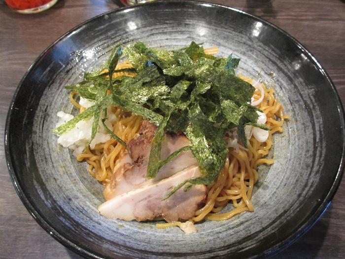 キンシャイ亭麺やタブキン亀貝 油ソバ