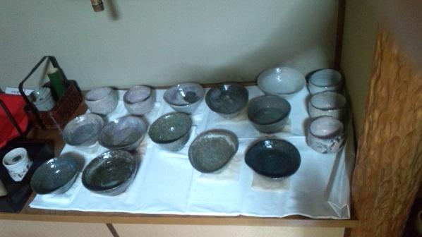 多数の茶碗
